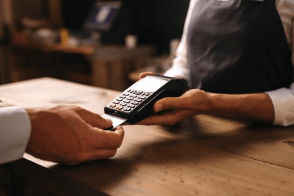 Como evoluiu o Terminal de Pagamentos Automático ao longo da História - REDUNIQ