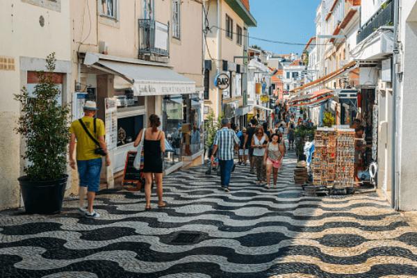 Contactless consolida domínio nos pagamentos num verão movido a turismo nacional